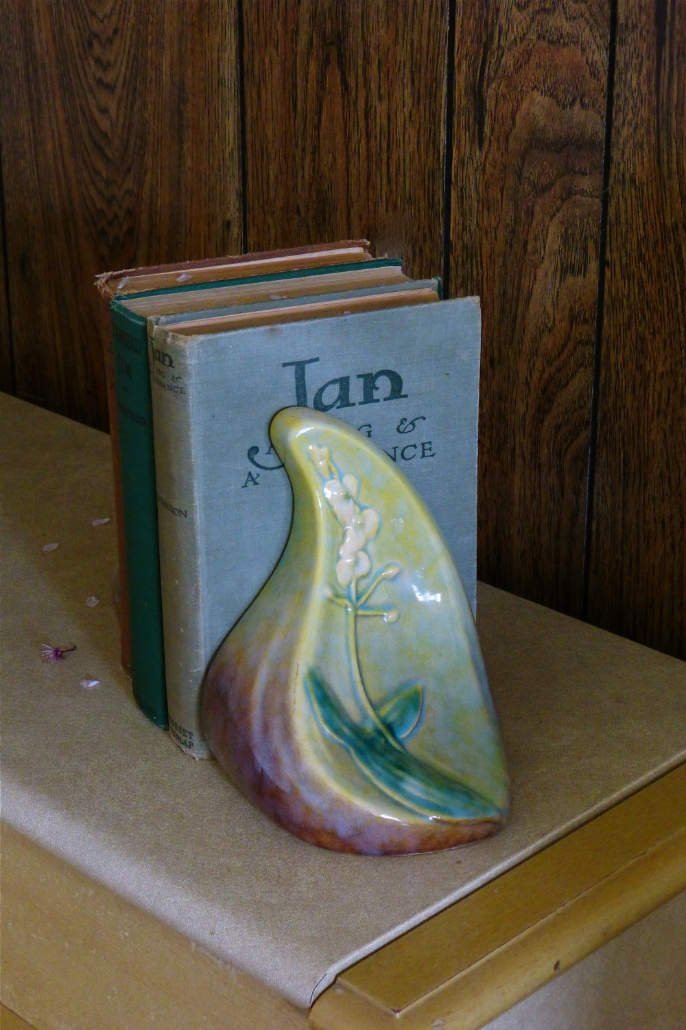 vintage hard back books, Roseville Pottery, Roseville Pottery ceramic book-ends, vintage books, ceramic book-ends