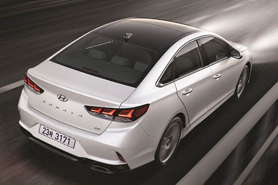 2018 hyundai sonata hybrid. plain hybrid the front end does look quite a bit like the elantra but it has itu0027s own  character for 2018 hyundai sonata hybrid m