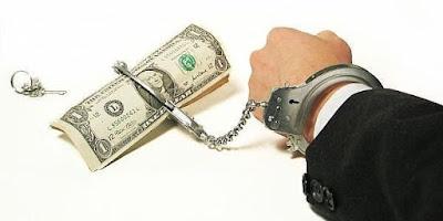 melindungi resiko beban hutang