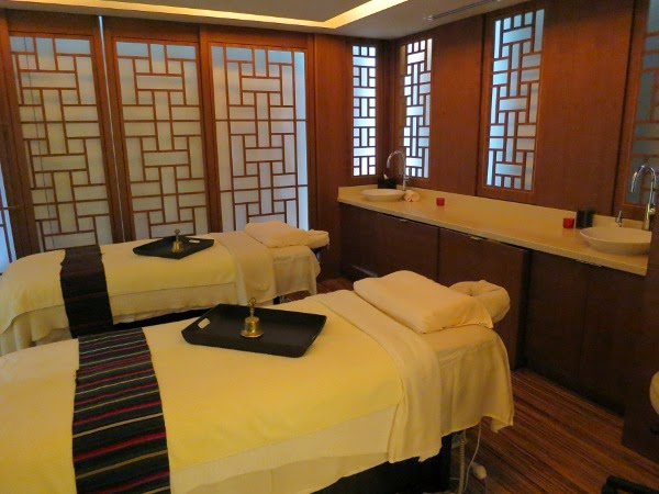 Couples treatment room at CHI, The Spa at Shangri-La