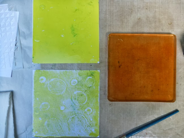 How to Use a Gelli Arts Gelli Plate to Create a Monoprint