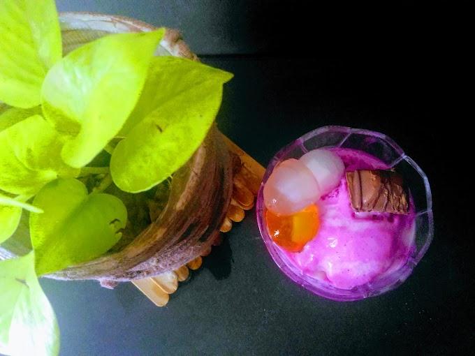 Ice Cream Buah Naga Tanpa Whipped Cream