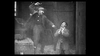 Кадр из фильма Чарли Чаплина A Thief Catcher (1914) - 17