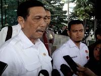 Menko Luhut & Menteri Basuki tinjau langsung aspal bercampur plastik di Bekasi