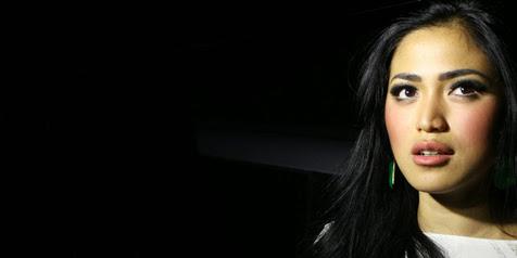 Misteri Pernikahan Jessica Iskandar
