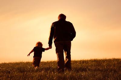 Cara Berbakti pada Orang Tua yang Telah Meninggal Dunia
