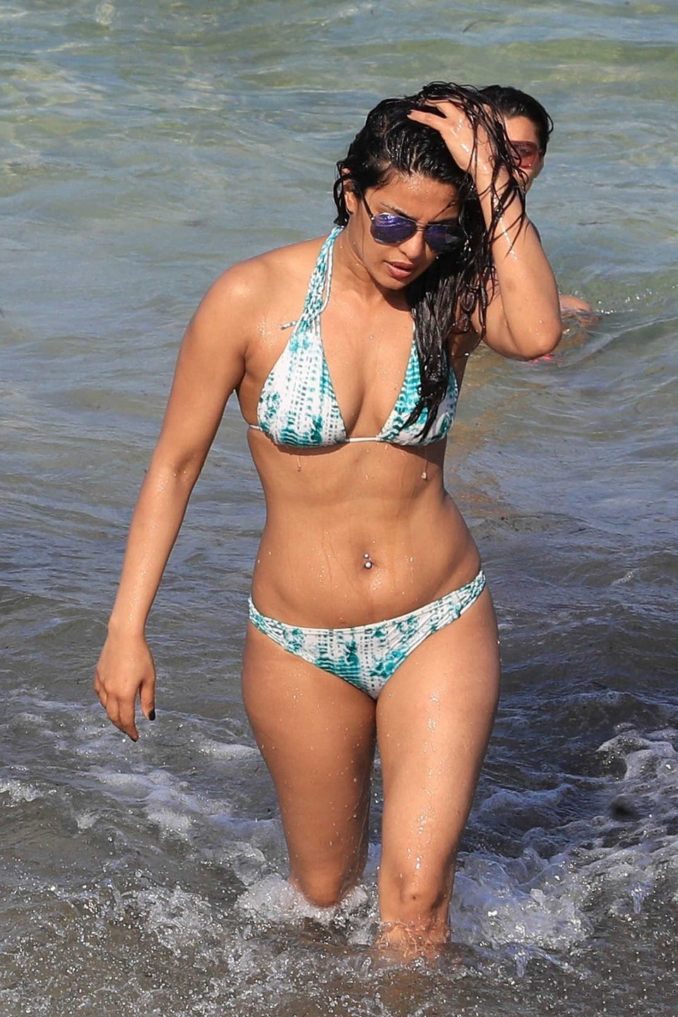 Priyanka Chopra parades in skimpy bikini on Miami beach