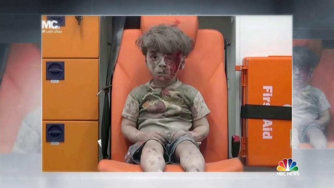 Empat Foto Bocah Bernasib Tragis Menjadi Viral di Dunia