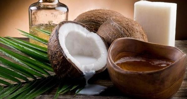 3 Manfaat Minyak Kelapa Bagi Penderita Diabetes