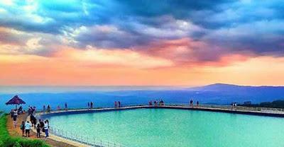 Embung Nglanggeran Indahnya Danau Buatan di Atas Bukit Gunungkidul