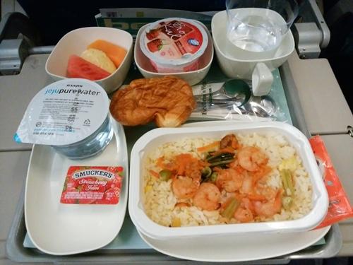 大韓航空KE630便 エコノミークラスの機内食