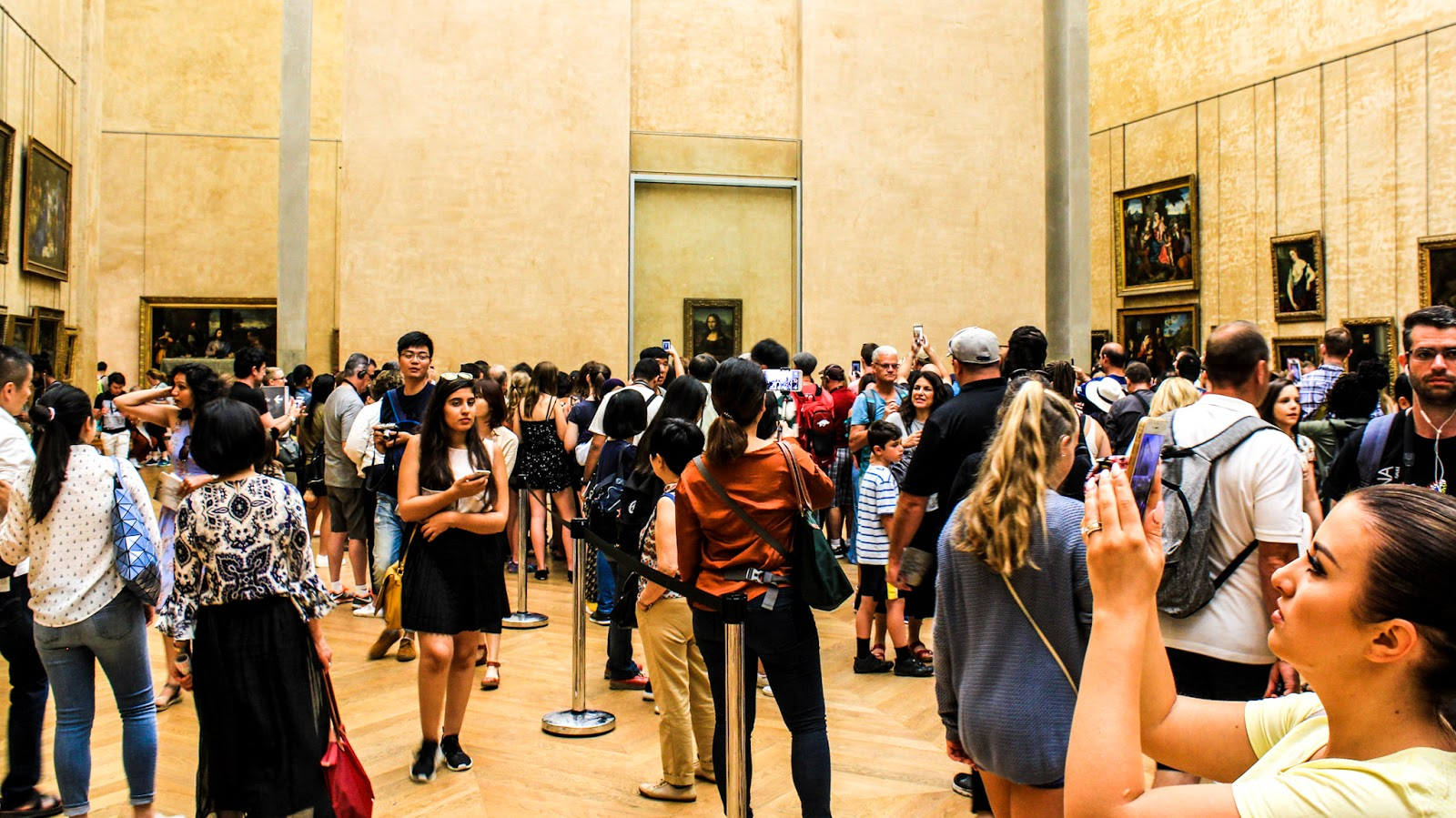 The Louvre: How To Avoid Crowds, Maximize Time Efficiency, And Save Money