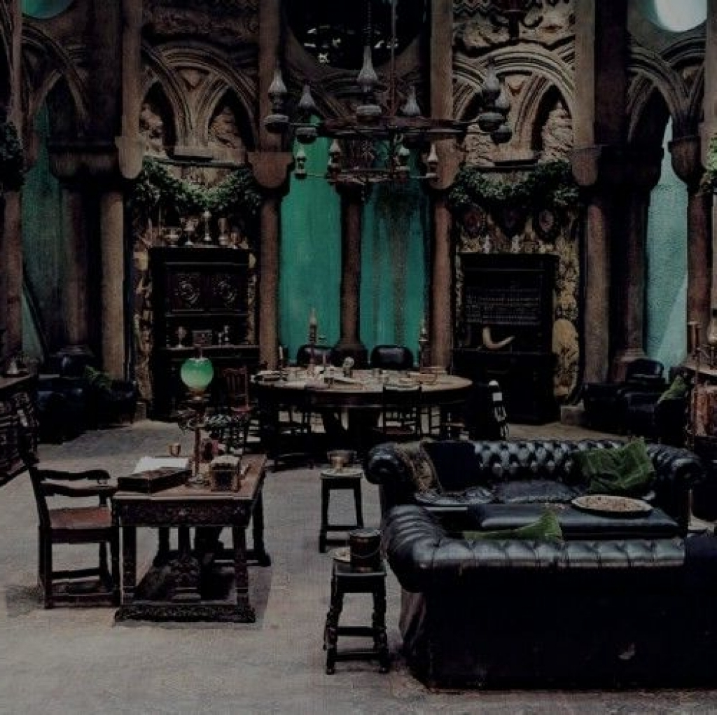 Gothic Home Décor to Dramatically Chance Your House Appearance ...