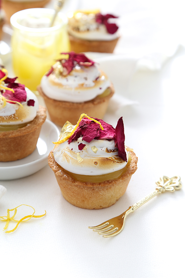 Mini Lemon Marshmallow Pies