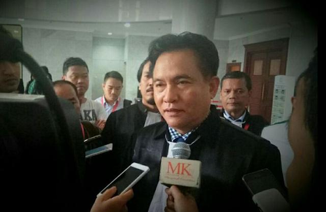 Yusril Tak Mempersalahkan Panglima TNI Berpolitik, Ini Alasannya