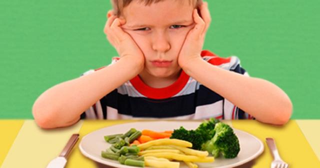 Kenali 6 Alasan Si Kecil Susah Makan Sayur dan Buah