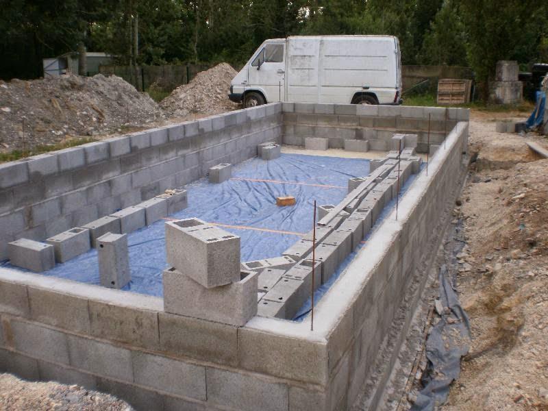 piscine en kit parpaing. Black Bedroom Furniture Sets. Home Design Ideas