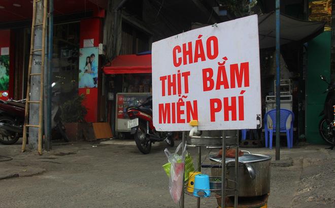 Chỉ là nồi cháo thịt bằm, và Sài Gòn vẫn luôn dễ thương đến thế!