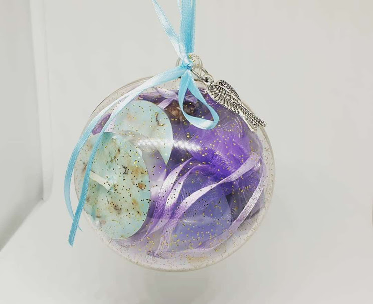 Gift Bauble
