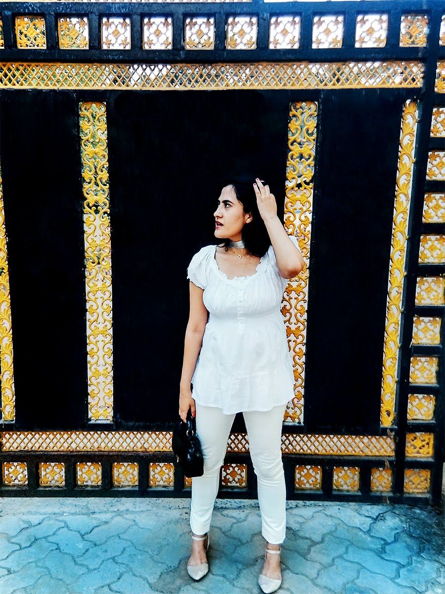 white on white outfits, indian fashion blogger,all white outfits