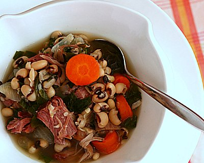 Hoppin' John Soup, more good luck for the new year ♥ AVeggieVenture.com
