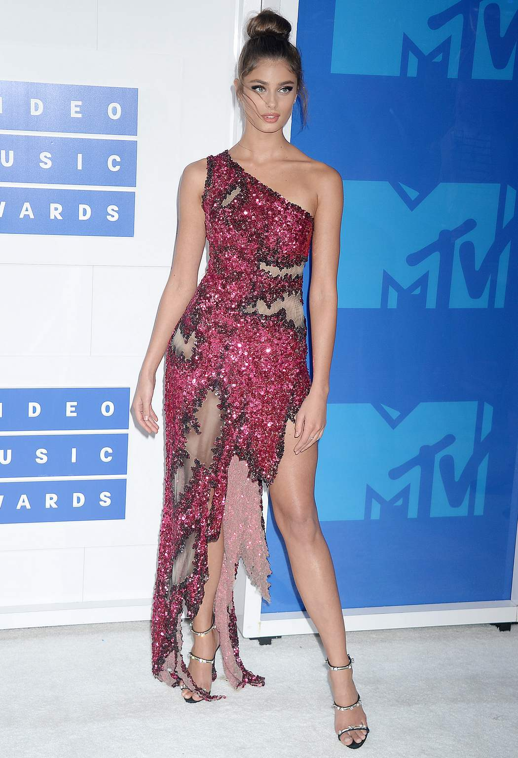 HQ Wallpapers of 'Victoria's Secret' Model Taylor Marie Hill – 2016 MTV Video Music Awards in NYC