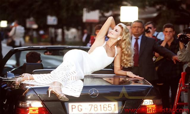 Claudia Schiffer Money Factor