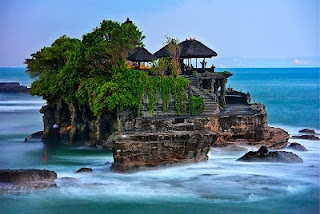 Places Tanah Lot