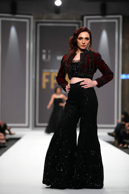 sobia-nazir-pakistani-bridal-dresses-2016-collection-at-fpw-2016-8
