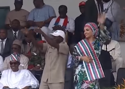 Governor Oshiomole and wife Iara dancing Azonto moves at APC rally in Edo