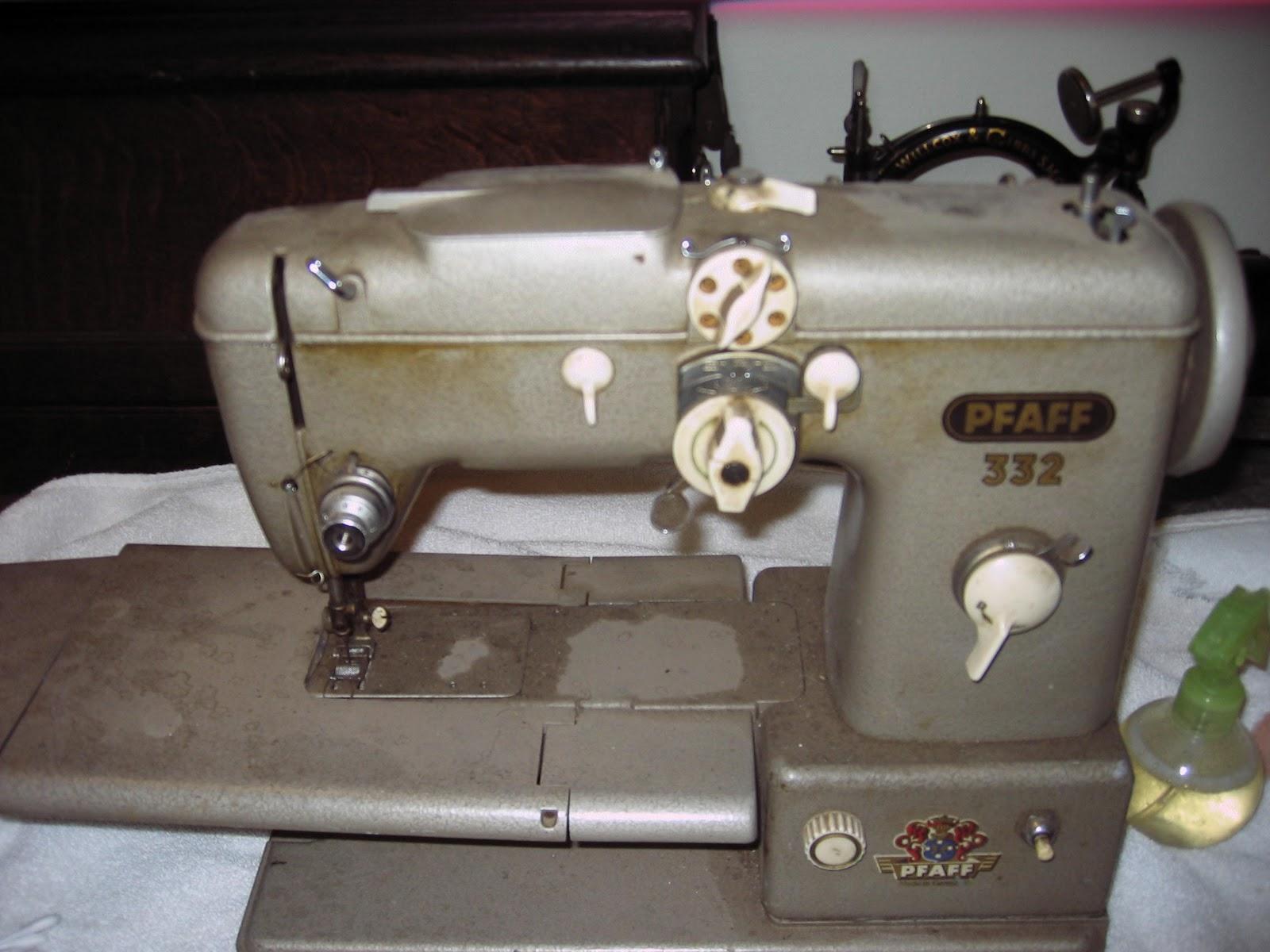 Pfaff 230332 Automatic Sewing Machine Service Manual t