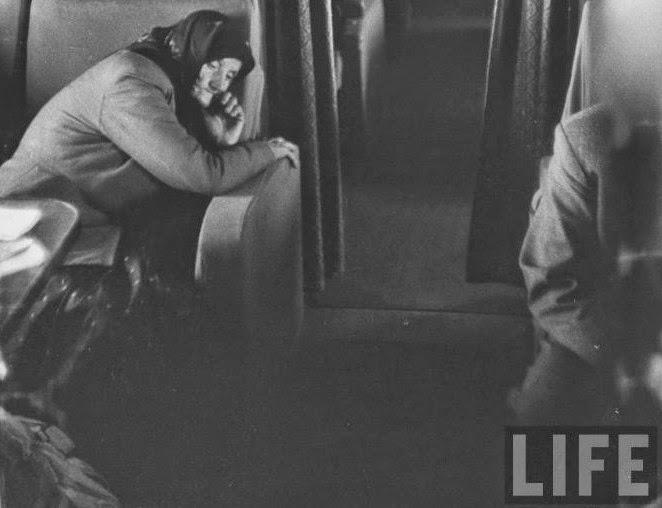 «Η πρώτη θέση» στα επιβατικά αεροπλάνα της Σοβιετικής Ένωσης. Και όμως υπήρχε χλιδή, με πλούσια γεύματα και τηλεοράσεις [photos]