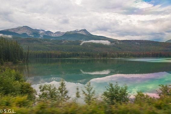 Rocosas canadienses a bordo del Rocky Mountaineer
