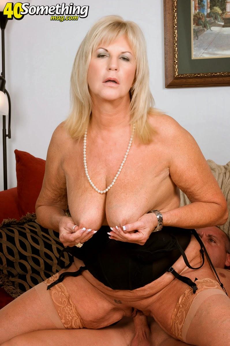 Annie lee topless