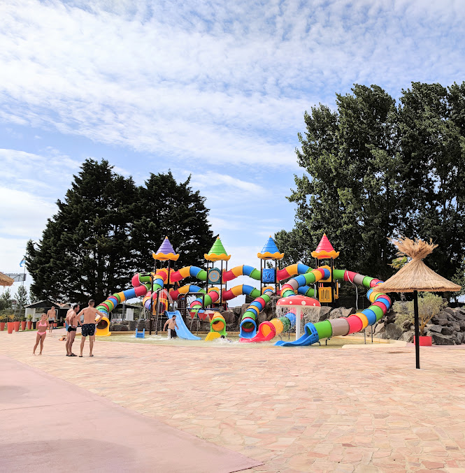 Les Ecureuils Campsite, Vendee - A Eurocamp Site near Puy du Fou (Full Review) - Atlantic Toboggan Waterpark