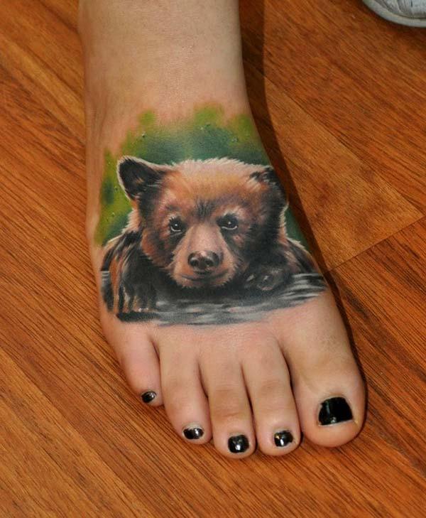 ayak üstü ayı dövmesi