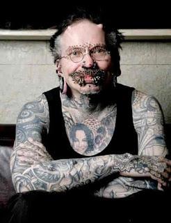 Pierced Man Pic, This man has 453 piercings, World Most Pierced Man, Most Pierced Man,