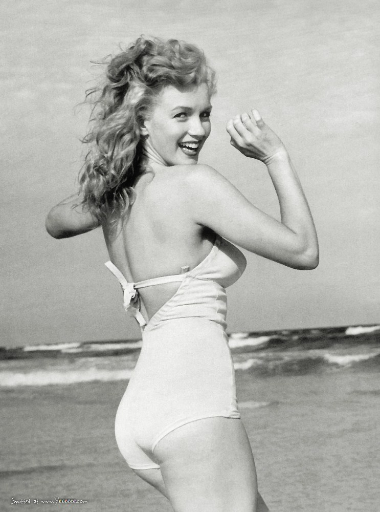 Wonderful Photos Of Marilyn Monroe At Tobay Beach Long