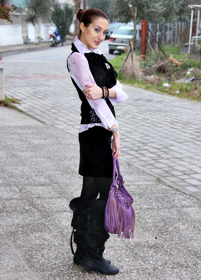 fringe purple purse and black flat over the knee boots
