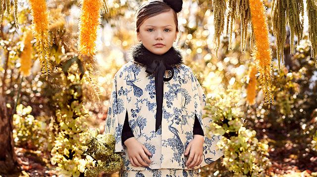 Capas de fiesta para niñas. Moda invierno 2017 niños y niñas.