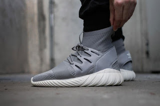 release date f2c24 1577a Honest Sneakers  December 2015