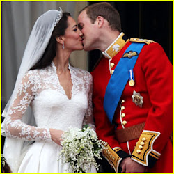 PRINCE WILLIAM and KATE KISS