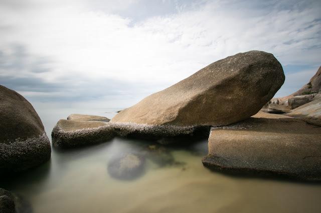 Spiaggia e mare del Beluga boutique hotel-Koh Samui