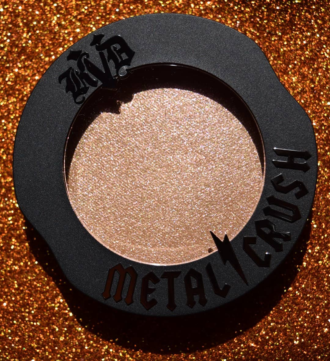 kat-von-d-metal-crush-extreme-highlighter-gammaray