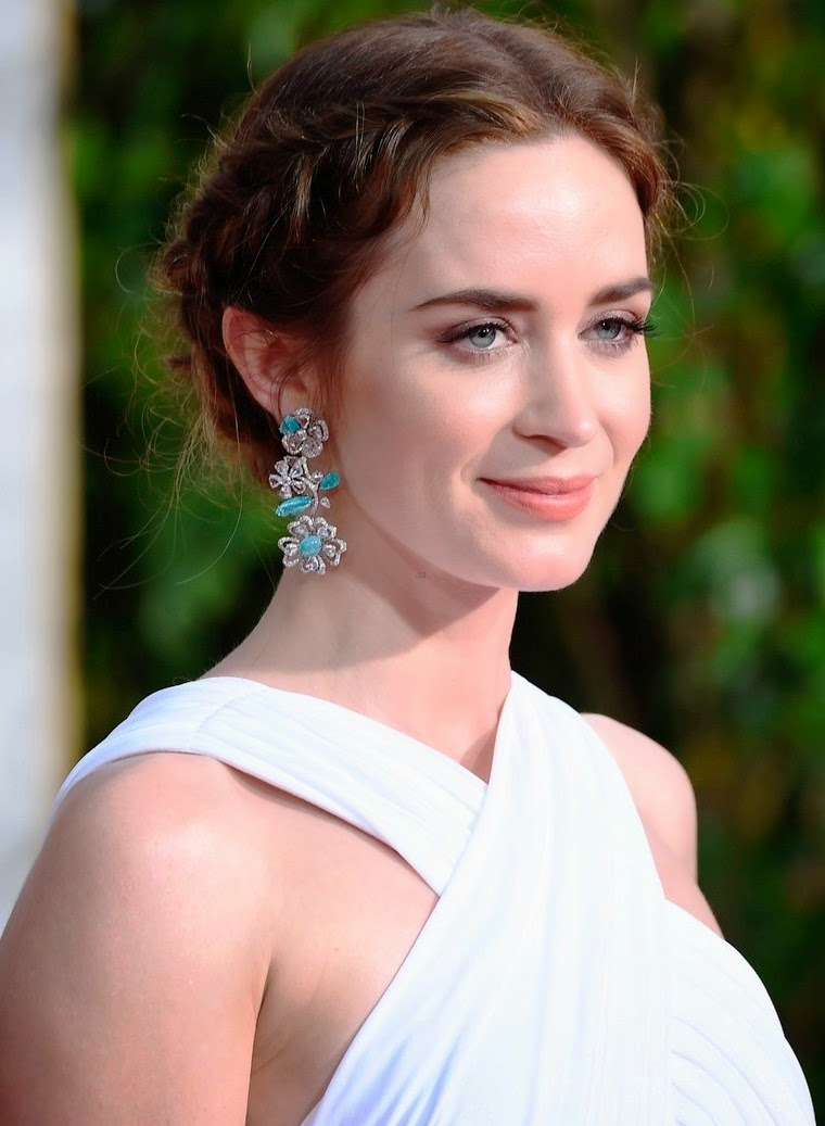Celebrity Biography and photos: Emily Blunt Emily Blunt