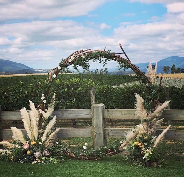 MELBOURNE WEDDING FLOWERS FLORAL DESIGNERS AUSTRALIA