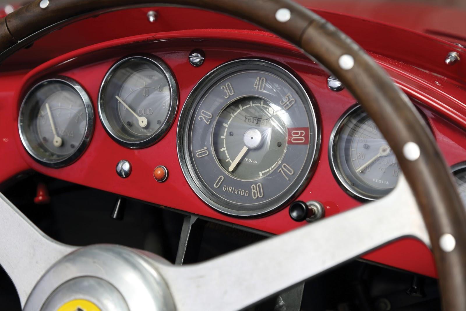 Ferrari-750-Monza-Scaglietti-11.JPG