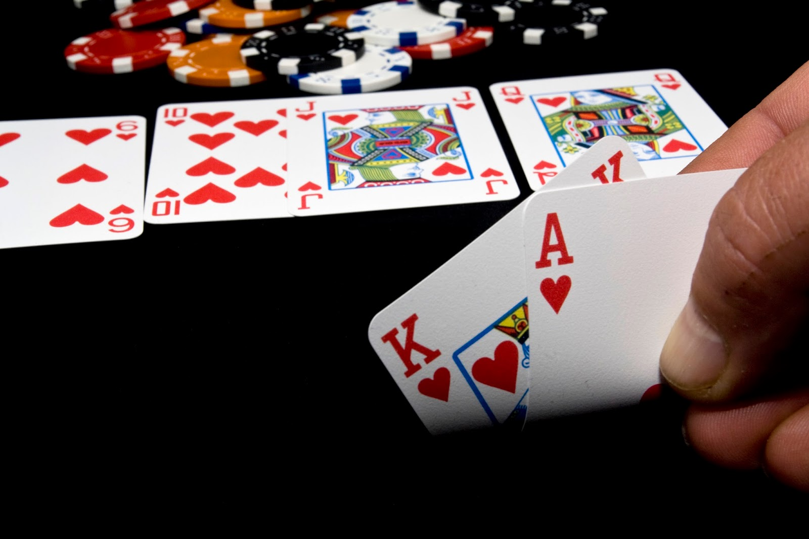 How does craps betting work