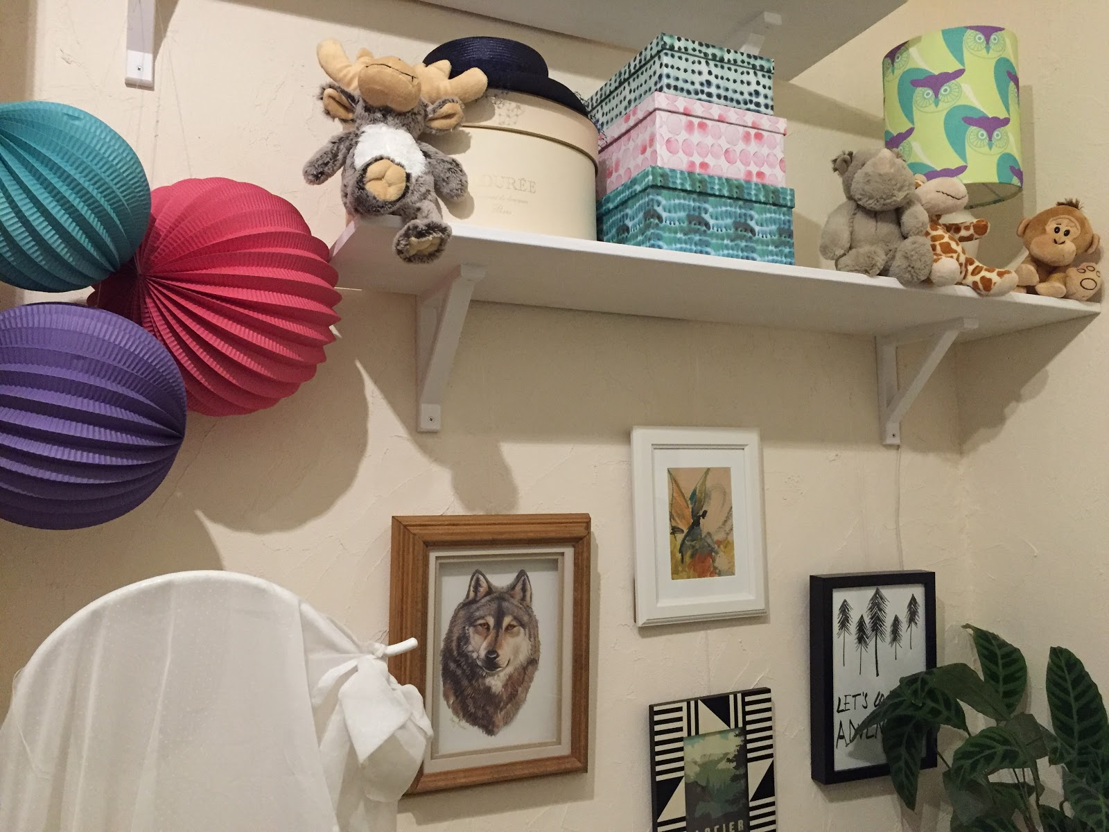inspiration une nurserie pour b b sur le th me aventure gigi 39 s gallery. Black Bedroom Furniture Sets. Home Design Ideas