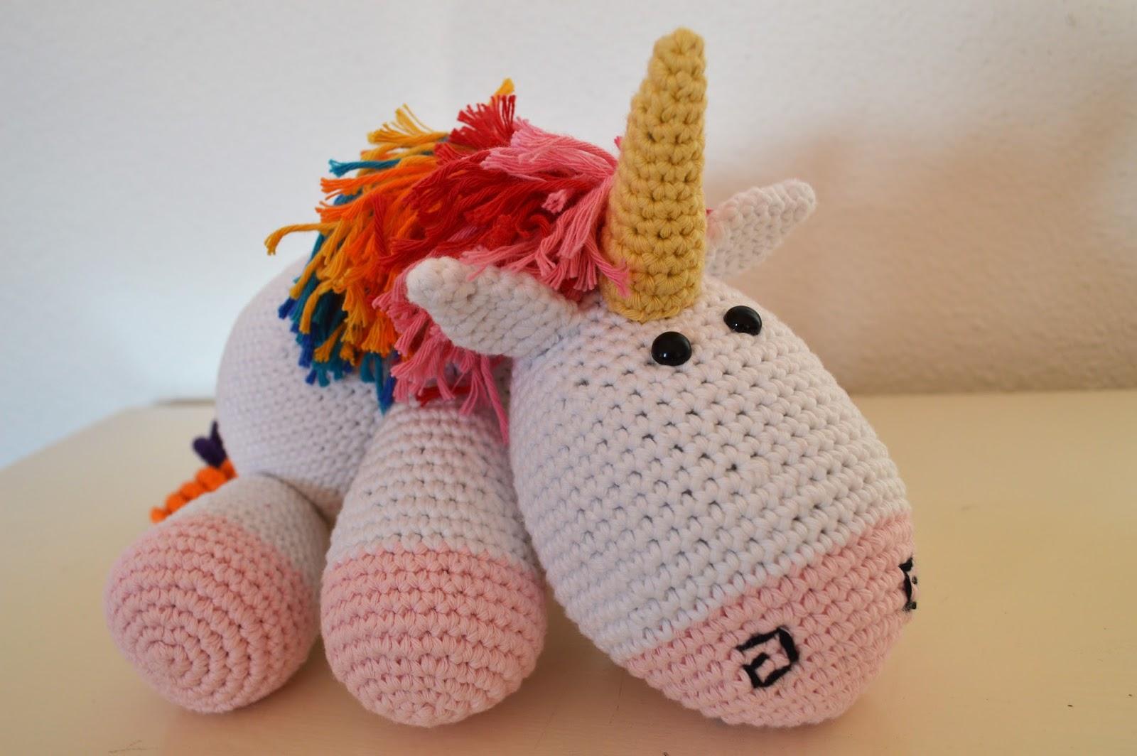 Populaire Fée du tricot: Une licorne arc-en-ciel au crochet XT15